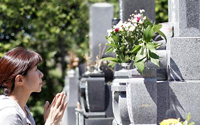 お墓の意味合いと役割